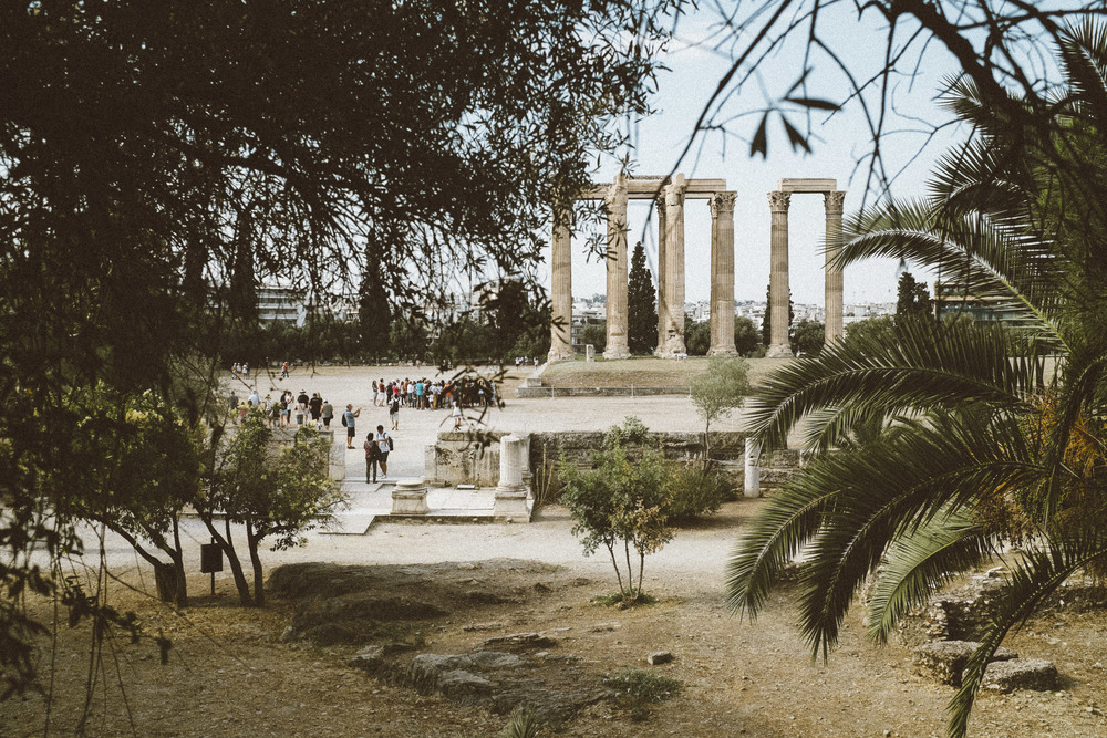 A Glimpse of Olympieion