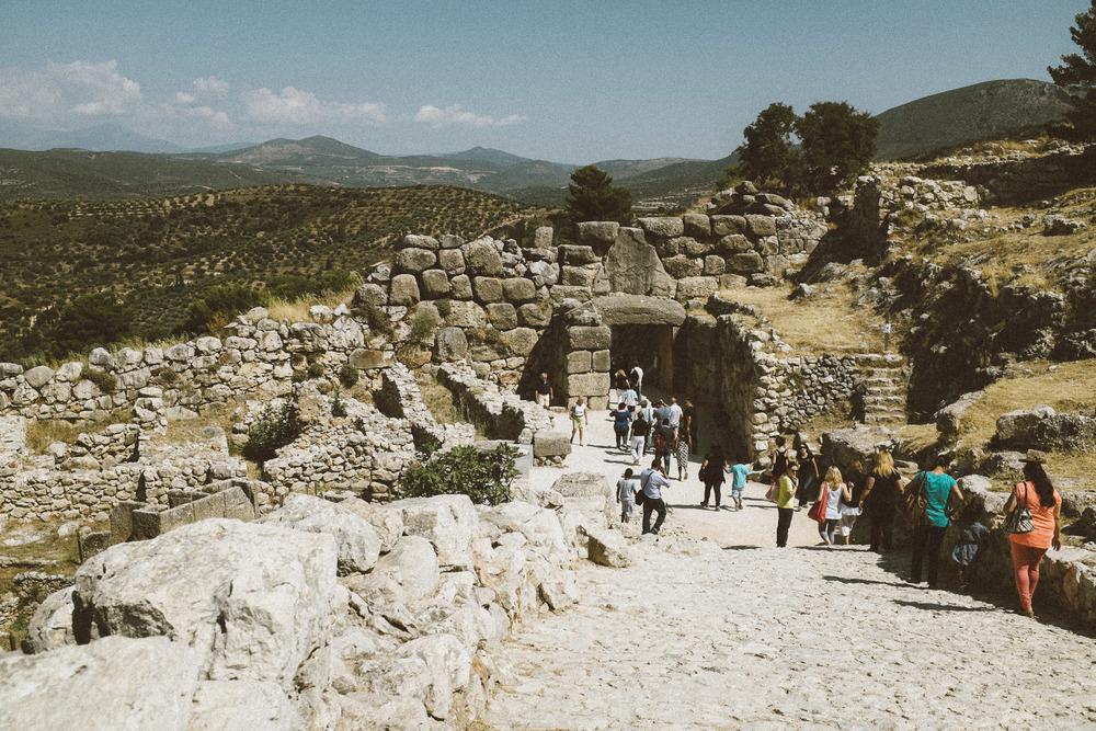 A Mycenaen Palace I