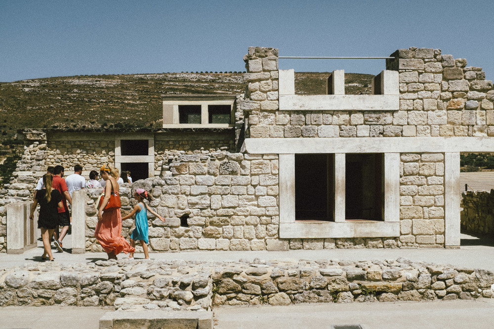 Mom and Girl at Knossos