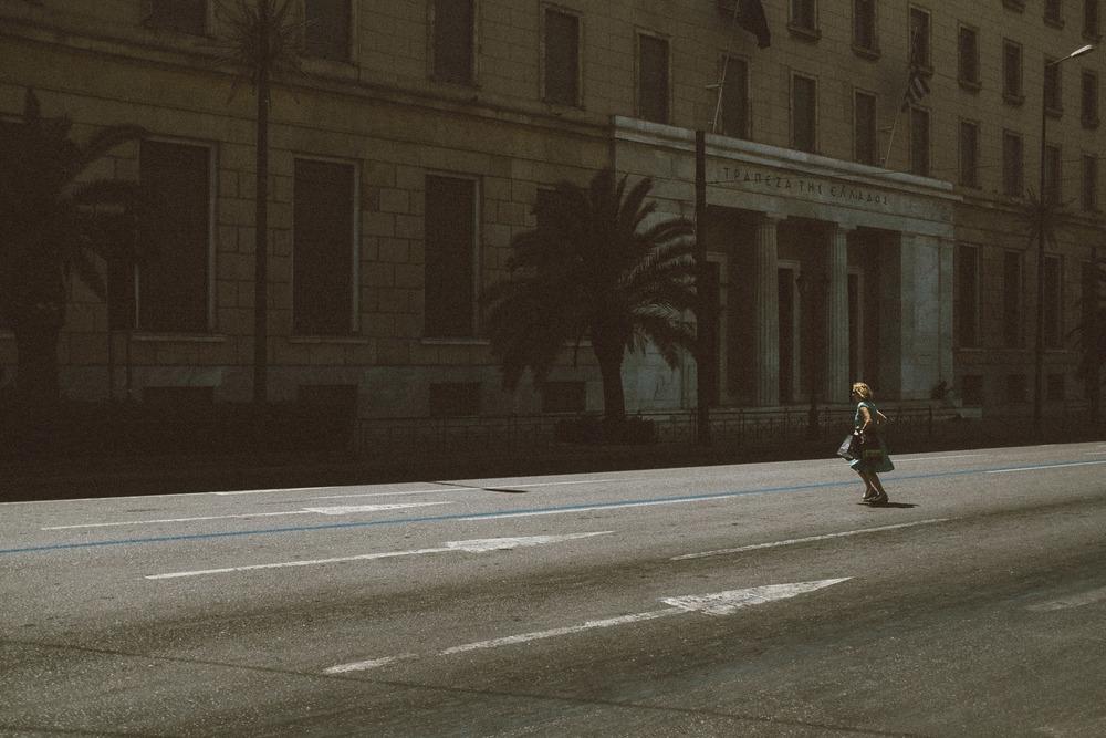 Running Lady in a hard world