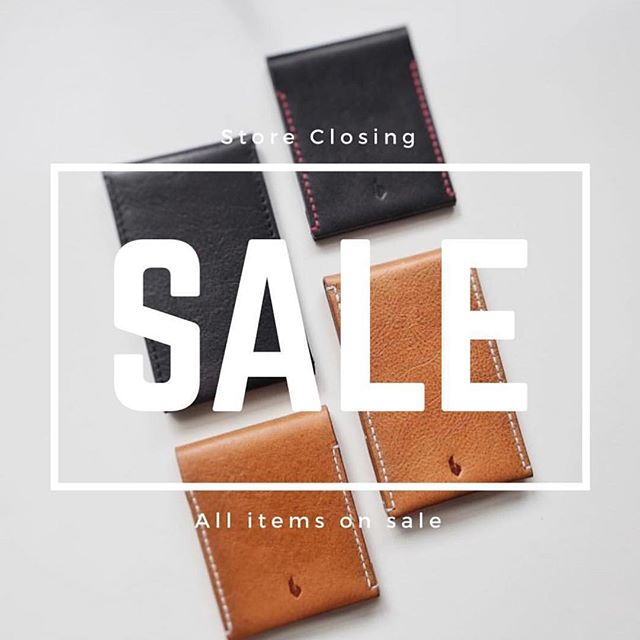 All wallets on sale. Just in time for the holidays 🙂 #minimalist #wallet #sale