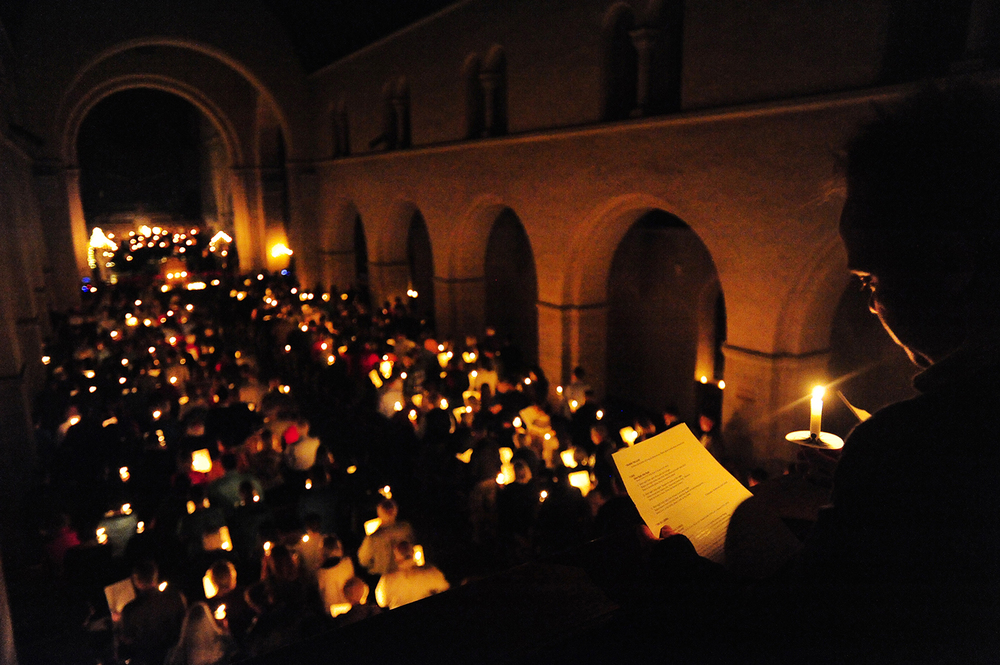 Hundreds gather for the Colorado College Festival of Lessons and Carols at Shove Chapel in Colorado Springs, Colo., on Sunday, Dec. 6, 2015.