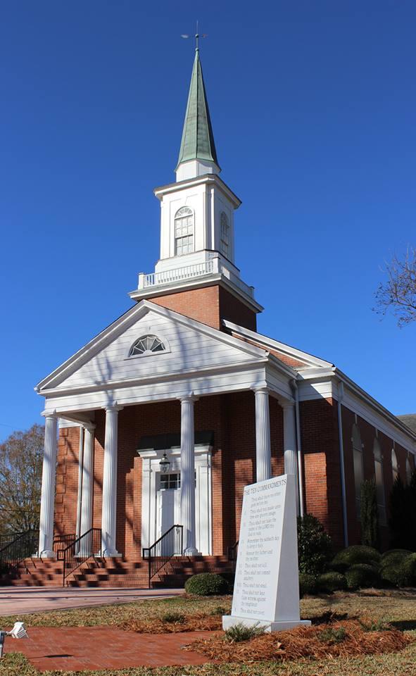 Burgaw Baptist.jpg