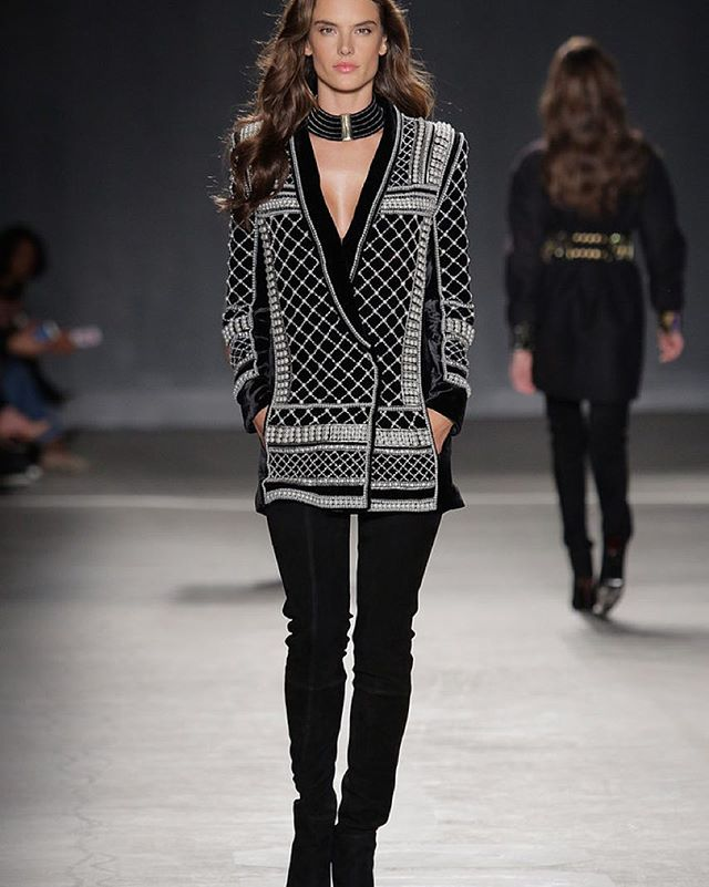 #TBT to the beautiful @alessandraambrosio walking for the H&M x Balmain collaboration. Did anyone snag any pieces from #hmbalmaination ?