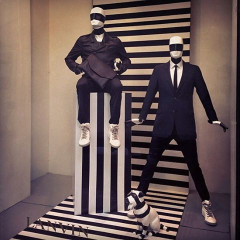 Some visual inspiration from this Lanvin display. Happy Monday, trend setters. #MannequinMonday
