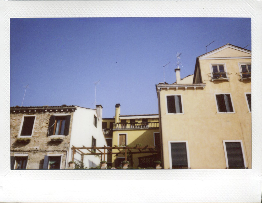 march travel instax004.jpg