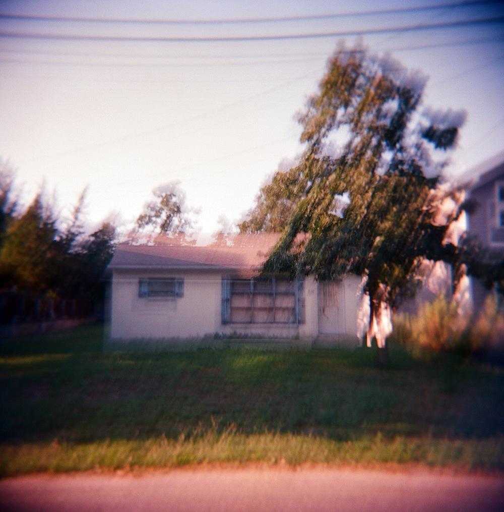 holga house blur2.jpg