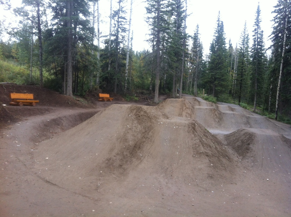 2 benches available at the Dirt Jumps