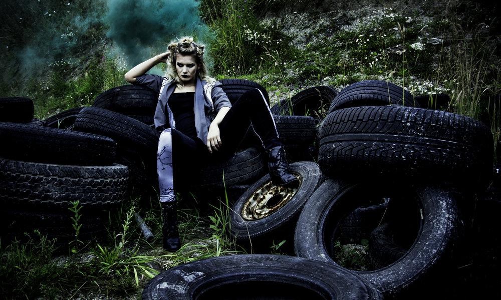 zaramia-ava-zaramiaava-leeds-fashion-designer-ethical-sustainable-grey-versatile-drape-midi-crop-jacket-jumpsuit-print-panels-bodysuit-womenswear-grunge-tyres-location-photoshoot-4