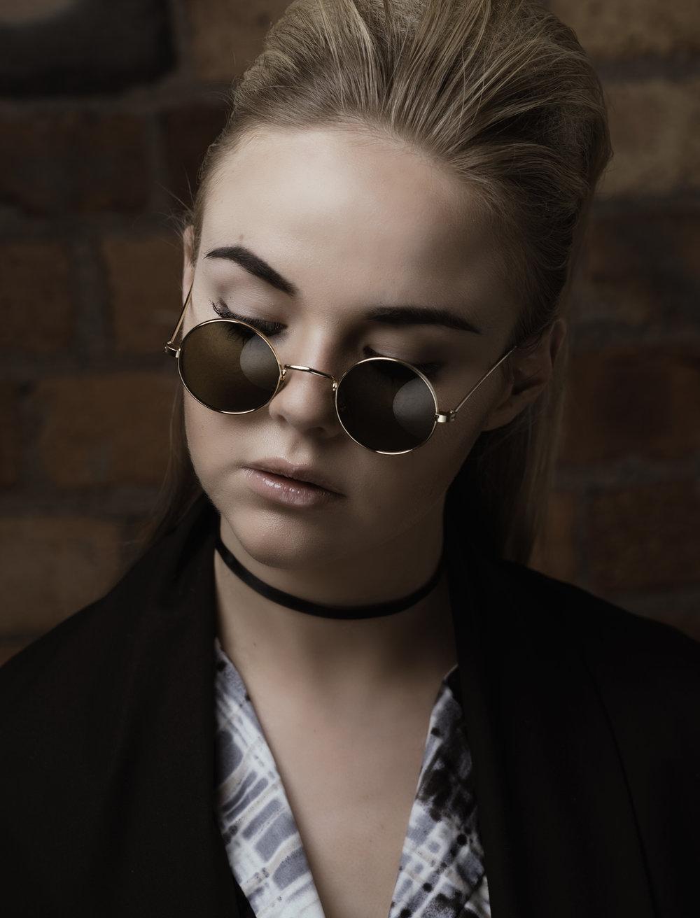 zaramia-ava-zaramiaava-leeds-fashion-designer-ethical-sustainable-glasses-versatile-drape-wrap-top-wrap-top-jacket-mio-black-white-grey-styling-studio-womenswear-photoshoot-6