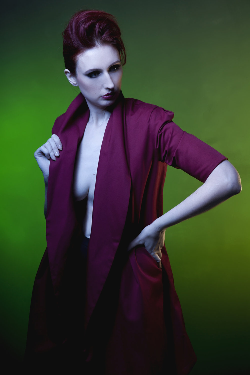 zaramia-ava-zaramiaava-leeds-fashion-designer-ethical-sustainable-red-versatile-drape-wrap-mai-cowl-jacket-dress-styling-studio-womenswear-models-photoshoot-vibrant-colour-green-2