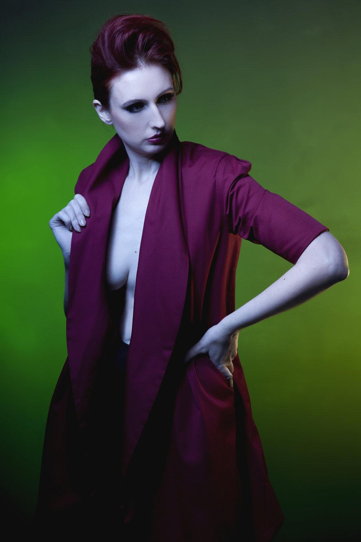 zaramia-ava-zaramiaava-leeds-fashion-designer-ethical-sustainable-red-versatile-drape-wrap-mai-cowl-jacket-dress-styling-studio-womenswear-models-photoshoot-vibrant-colour-green-2