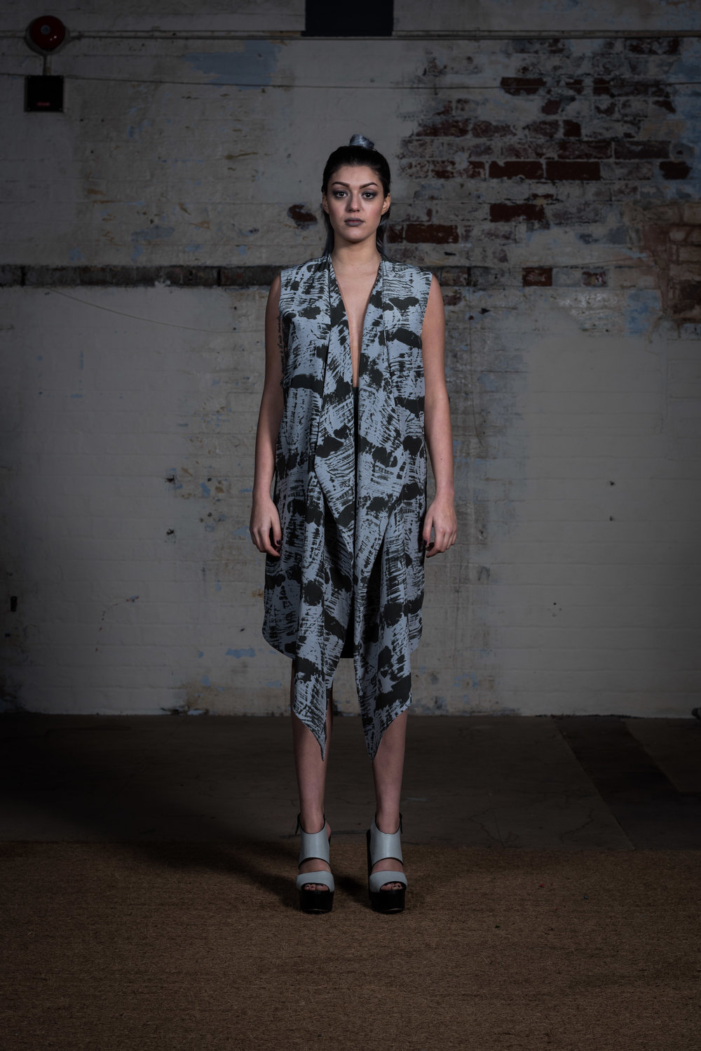 zaramia-ava-zaramiaava-leeds-fashion-designer-ethical-sustainable-kyo-print-jacket-dress-versatile-drape-skirt-grey-yuko-cowl-dress-styling-location-womenswear-models-photoshoot-9
