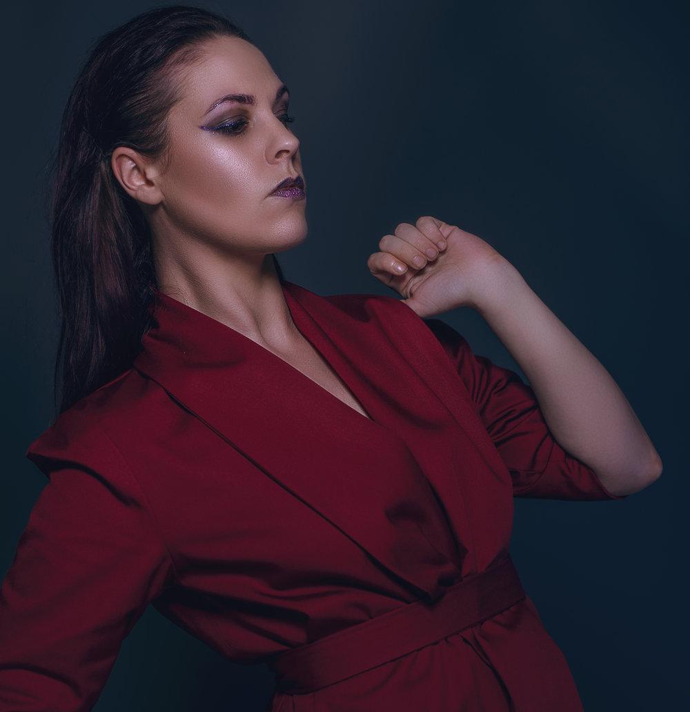 zaramia-ava-zaramiaava-leeds-fashion-designer-ethical-sustainable-mai-tailored-minimalist-jacket-red-burgungy-dress-versatile-drape-cowl-styling-studio-womenswear-models-photoshoot-vibrant-colour-7