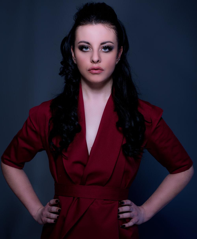 zaramia-ava-zaramiaava-leeds-fashion-designer-ethical-sustainable-mai-tailored-minimalist-jacket-red-burgungy-dress-versatile-drape-cowl-styling-studio-womenswear-models-photoshoot-vibrant-colour-8