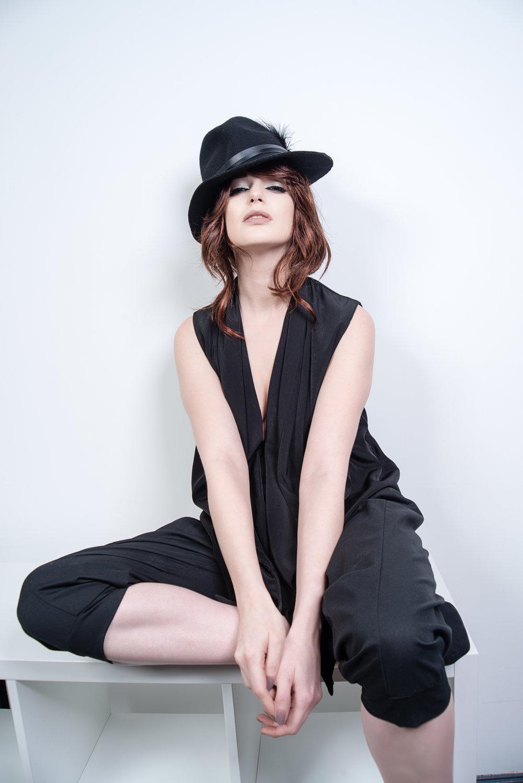 zaramia-ava-zaramiaava-leeds-fashion-designer-ethical-sustainable-tailored-minimalist-shirt-mioka-rei-trousers-black-obi-belt-dress-versatile-drape-cowl-styling-studio-womenswear-models-photoshoot-black-white-5.jpg