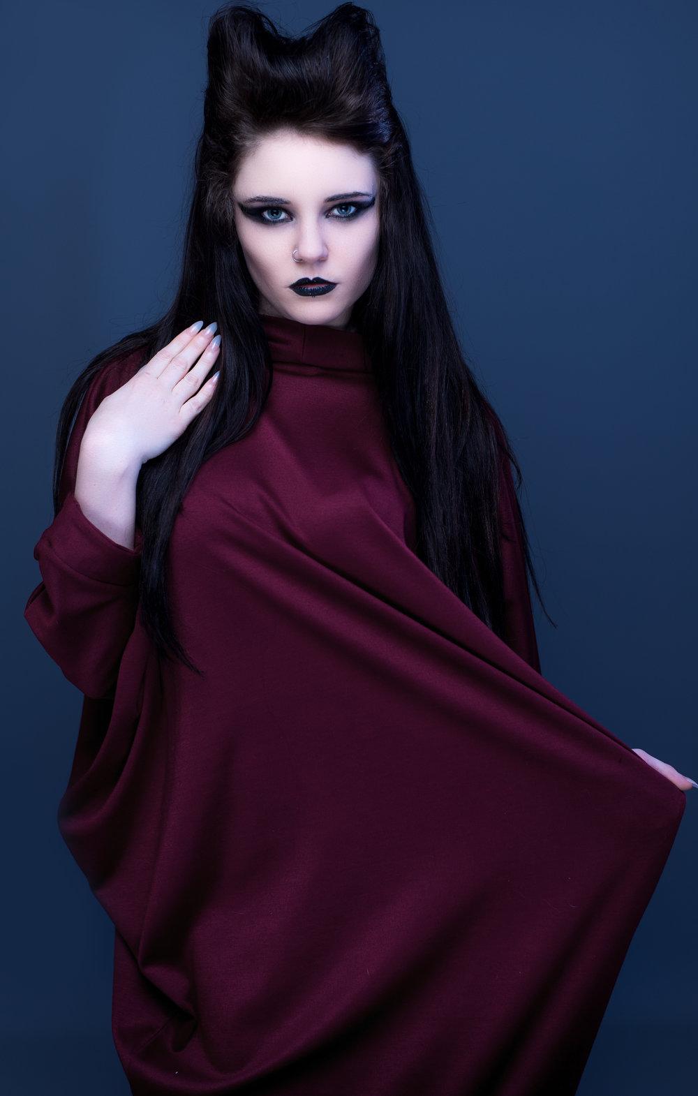 zaramia-ava-zaramiaava-leeds-fashion-designer-ethical-sustainable-tailored-minimalist-aya-burgundy-black-obi-belt-dress-versatile-drape-cowl-styling-studio-womenswear-models-photoshoot-vibrant-14