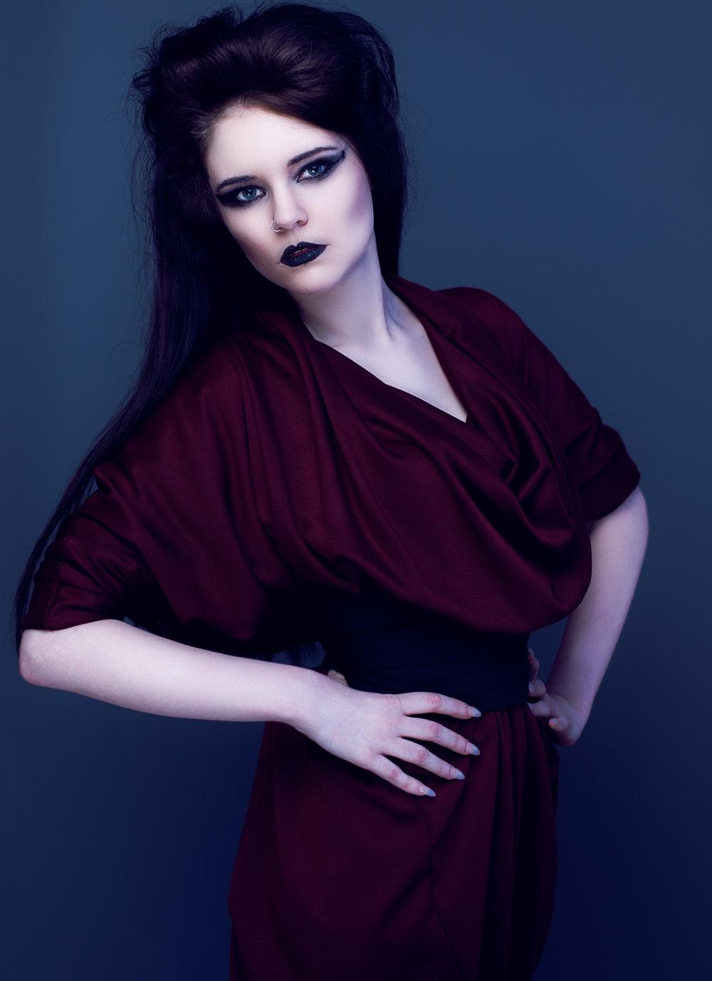 zaramia-ava-zaramiaava-leeds-fashion-designer-ethical-sustainable-tailored-minimalist-aya-burgundy-black-obi-belt-dress-versatile-drape-cowl-styling-studio-womenswear-models-photoshoot-vibrant-15