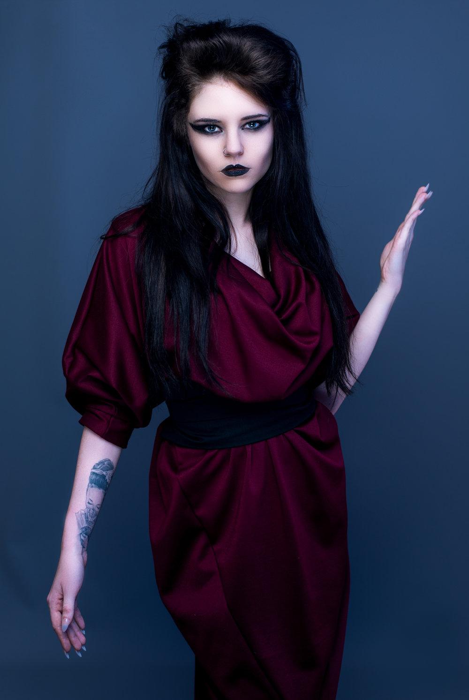 zaramia-ava-zaramiaava-leeds-fashion-designer-ethical-sustainable-tailored-minimalist-aya-burgundy-black-obi-belt-dress-versatile-drape-cowl-styling-studio-womenswear-models-photoshoot-vibrant-16