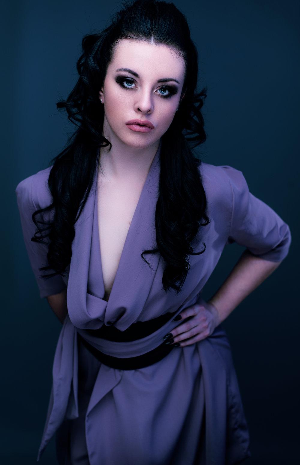 zaramia-ava-zaramiaava-leeds-fashion-designer-ethical-sustainable-tailored-minimalist-jacket-maika-mauve-black-obi-belt-dress-versatile-drape-cowl-styling-studio-womenswear-models-photoshoot-12