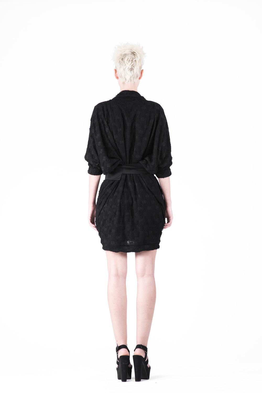 zaramia-ava-zaramiaava-leeds-fashion-designer-ethical-sustainable-tailored-minimalist-aya-aoi-black-dress-belt-dress-versatile-texture-obi-drape-cowl-styling-womenswear-models-photoshoot-76