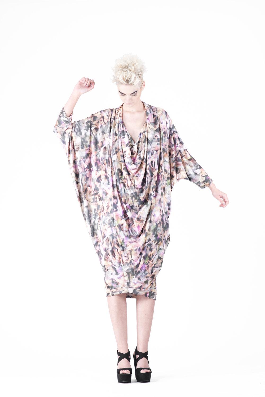 zaramia-ava-zaramiaava-leeds-fashion-designer-ethical-sustainable-tailored-minimalist-aya-print-dress-versatile-drape-cowl-styling-womenswear-models-photoshoot-23