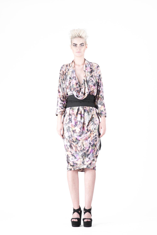 zaramia-ava-zaramiaava-leeds-fashion-designer-ethical-sustainable-tailored-minimalist-aya-print-dress-versatile-drape-cowl-styling-womenswear-models-photoshoot-29