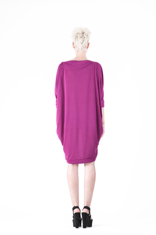 zaramia-ava-zaramiaava-leeds-fashion-designer-ethical-sustainable-tailored-minimalist-ayaka-magenta-dress-versatile-drape-cowl-styling-womenswear-models-photoshoot-31