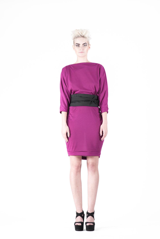 zaramia-ava-zaramiaava-leeds-fashion-designer-ethical-sustainable-tailored-minimalist-ayaka-magenta-dress-versatile-drape-cowl-styling-womenswear-models-photoshoot-32