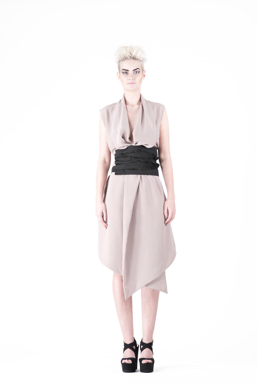 zaramia-ava-zaramiaava-leeds-fashion-designer-ethical-sustainable-tailored-minimalist-emi-nude-dress-obi-belt-black-versatile-drape-cowl-styling-womenswear-models-photoshoot-37