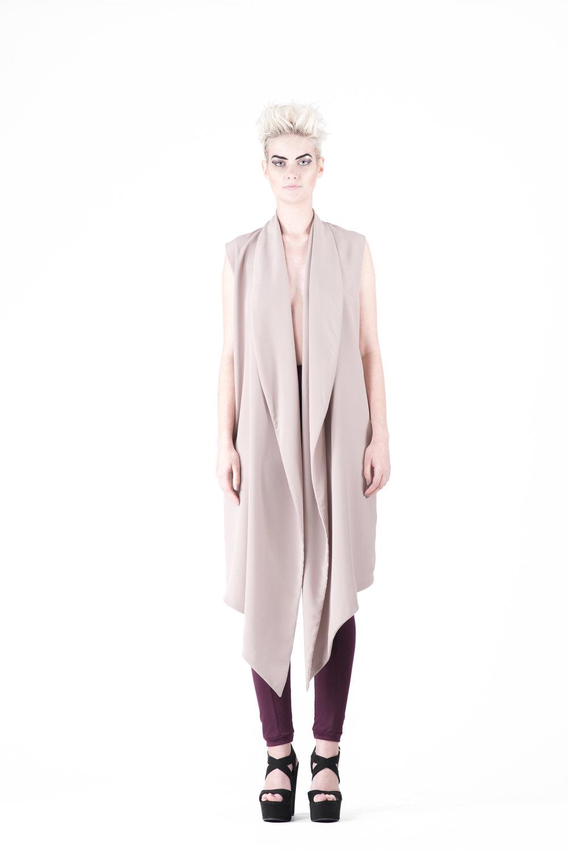 zaramia-ava-zaramiaava-leeds-fashion-designer-ethical-sustainable-tailored-minimalist-emi-nude-dress-obi-belt-black-versatile-drape-cowl-styling-womenswear-models-photoshoot-53