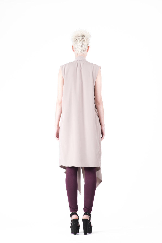 zaramia-ava-zaramiaava-leeds-fashion-designer-ethical-sustainable-tailored-minimalist-emi-nude-dress-obi-belt-black-versatile-drape-cowl-styling-womenswear-models-photoshoot-54