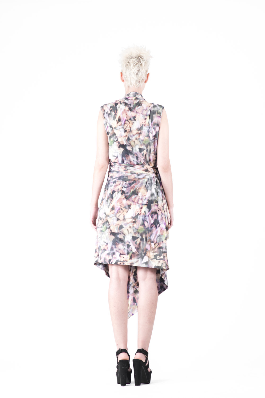 zaramia-ava-zaramiaava-leeds-fashion-designer-ethical-sustainable-tailored-minimalist-emika-print-dress-versatile-drape-cowl-styling-womenswear-models-photoshoot-36