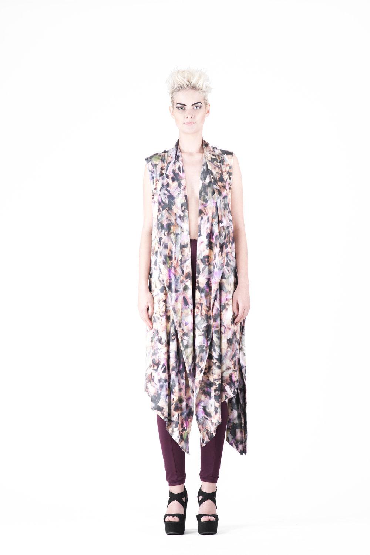 zaramia-ava-zaramiaava-leeds-fashion-designer-ethical-sustainable-tailored-minimalist-emika-print-dress-versatile-drape-cowl-styling-womenswear-models-photoshoot-55