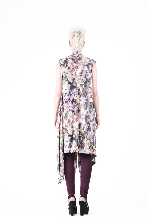 zaramia-ava-zaramiaava-leeds-fashion-designer-ethical-sustainable-tailored-minimalist-emika-print-dress-versatile-drape-cowl-styling-womenswear-models-photoshoot-56