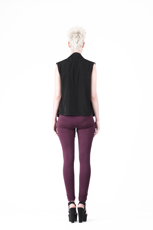 zaramia-ava-zaramiaava-leeds-fashion-designer-ethical-sustainable-tailored-minimalist-mioka-top-obi-belt-black-rei-plum-versatile-drape-cowl-styling-womenswear-models-photoshoot-48