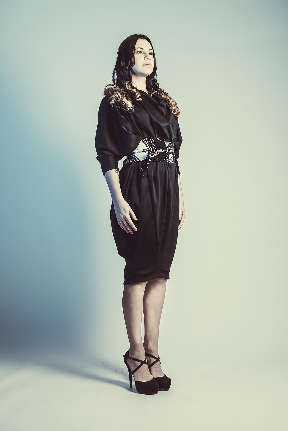 zaramia-ava-zaramiaava-leeds-fashion-designer-ethical-sustainable-tailored-minimalist-aya-print-dress-obi-belt-black-versatile-drape-cowl-styling-womenswear-models-photoshoot-shrine-hairdressers-18