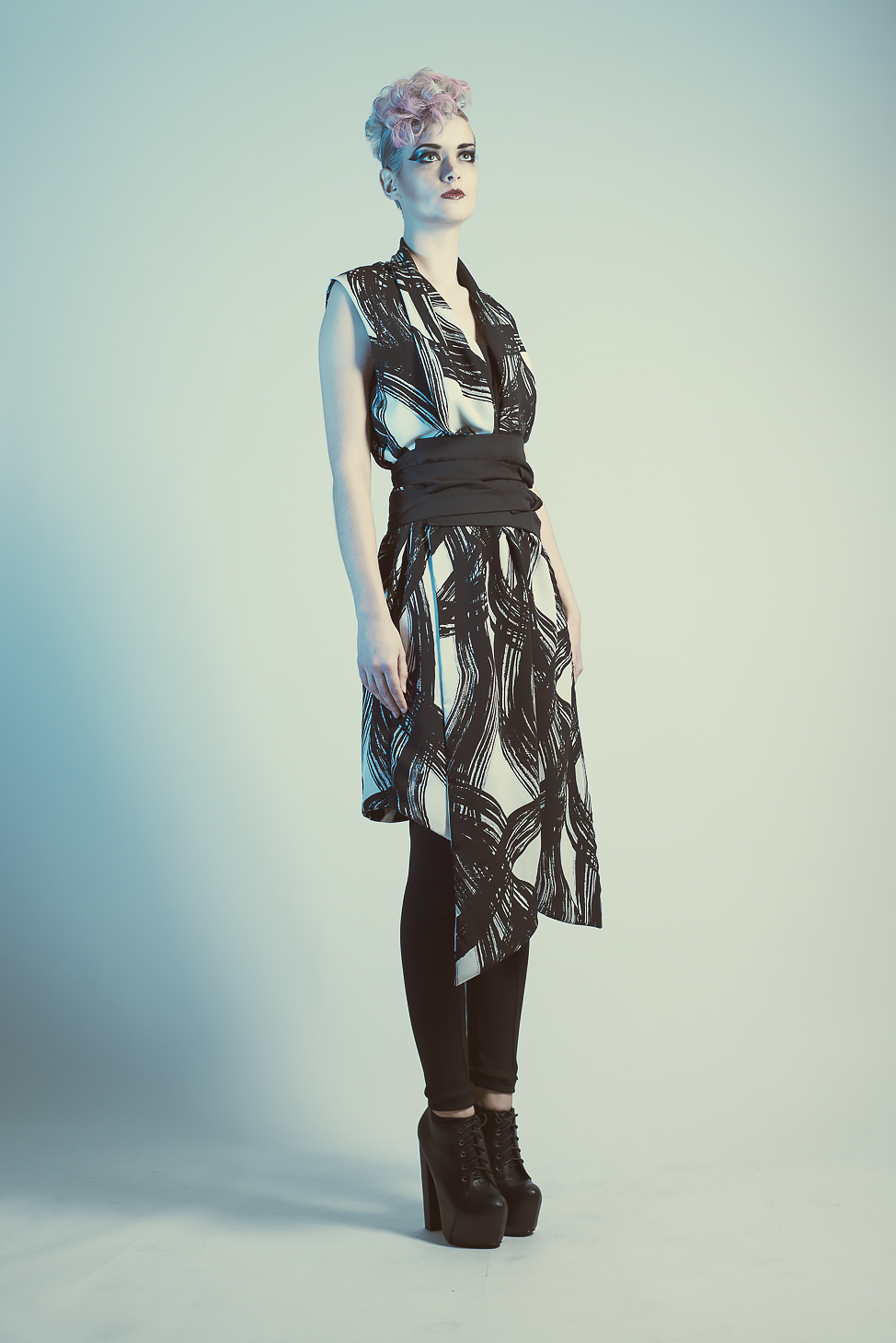 zaramia-ava-zaramiaava-leeds-fashion-designer-ethical-sustainable-tailored-minimalist-emi-print-black-rei-belt-versatile-drape-cowl-styling-womenswear-models-photoshoot-shrine-hairdressers-77