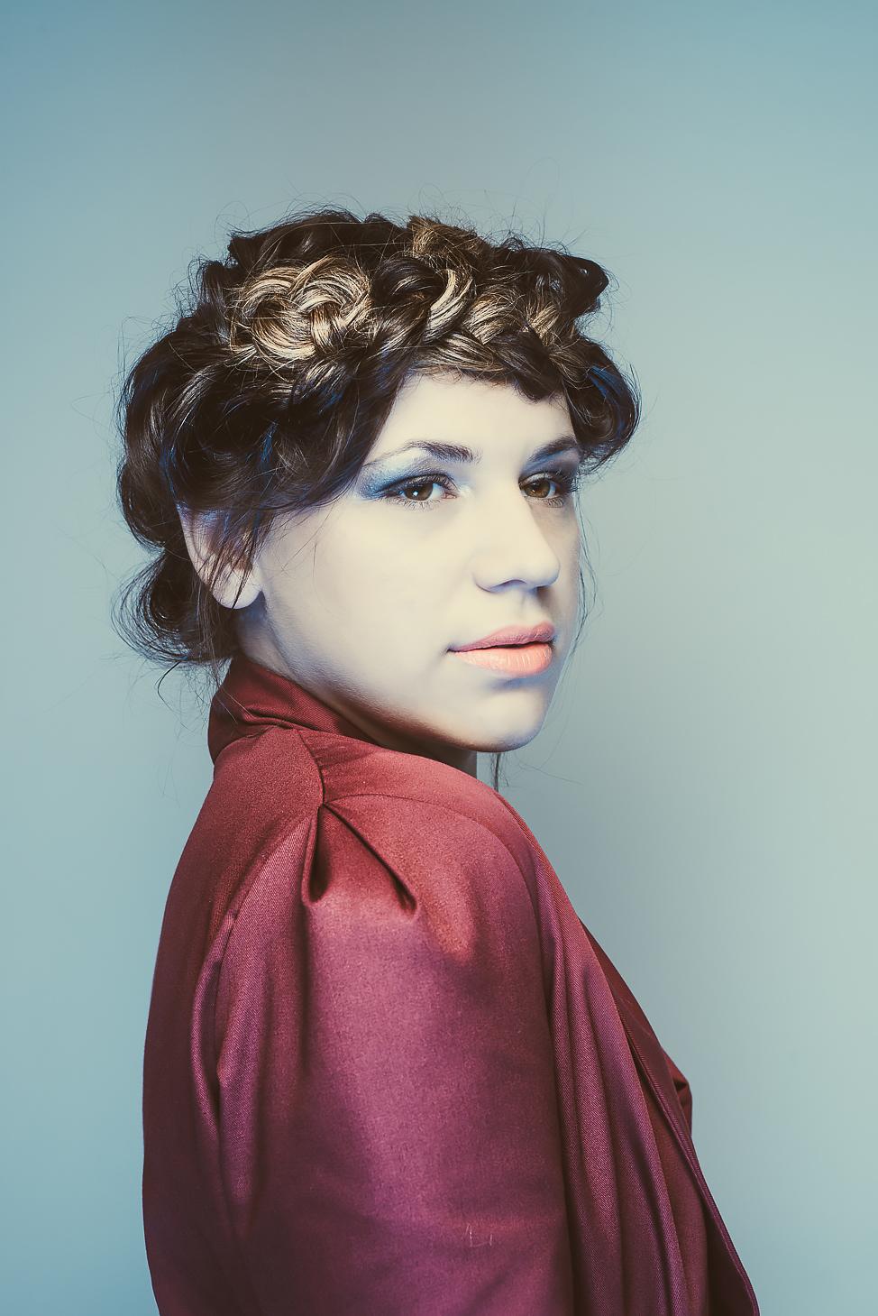 zaramia-ava-zaramiaava-leeds-fashion-designer-ethical-sustainable-tailored-minimalist-mai-burgundy-jacket-dress-belt-versatile-drape-cowl-styling-womenswear-models-photoshoot-shrine-hairdressers-51