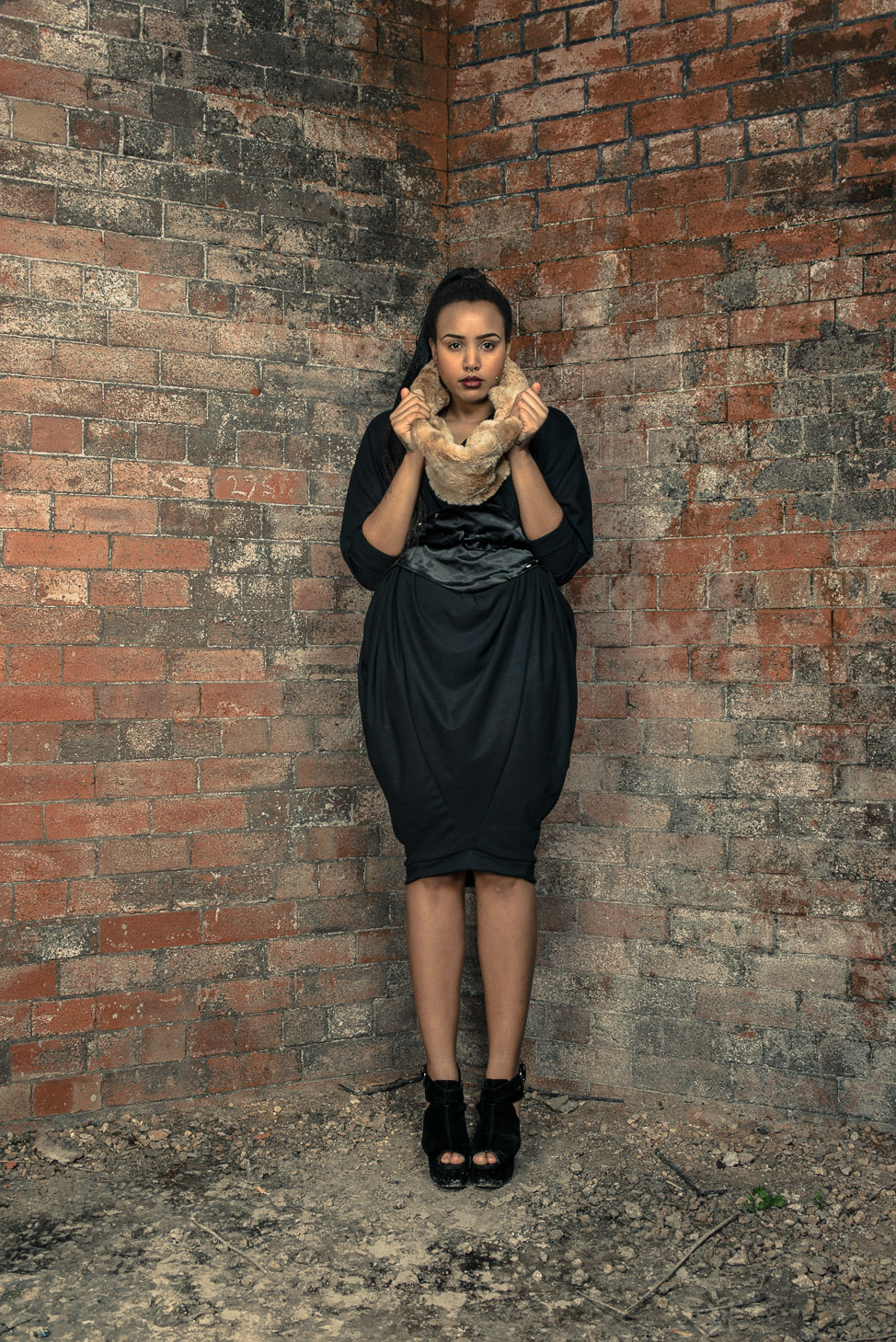 zaramia-ava-zaramiaava-leeds-fashion-designer-ethical-sustainable-tailored-minimalist-aya-dress-versatile-drape-black-belt-wrap-cowl-faux-fur-snood-styling-womenswear-models-photoshoot-location-18