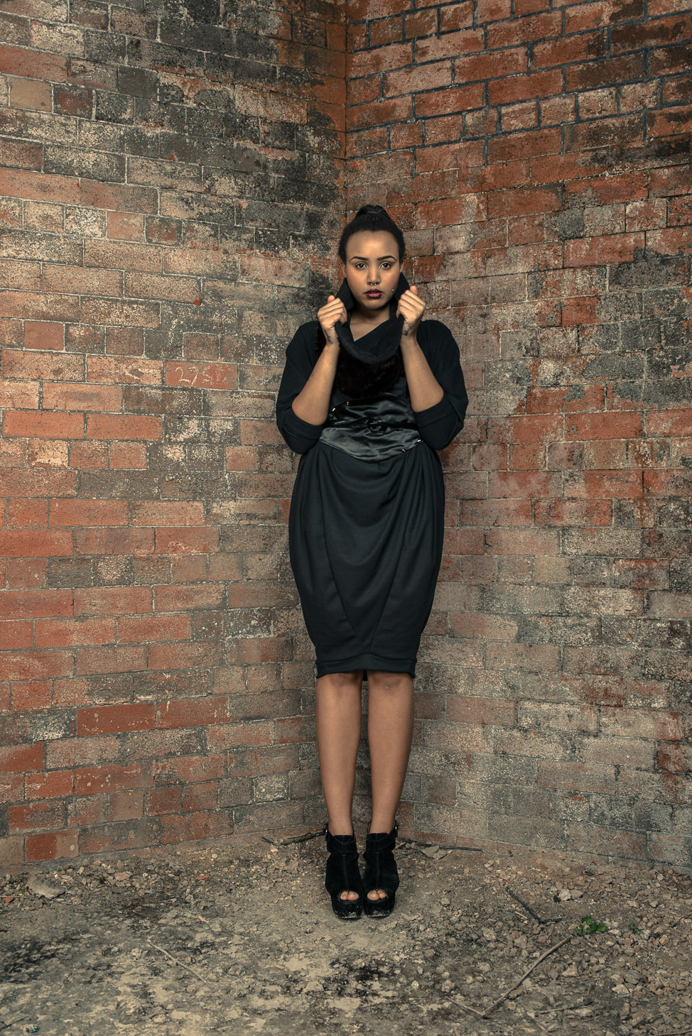 zaramia-ava-zaramiaava-leeds-fashion-designer-ethical-sustainable-tailored-minimalist-aya-dress-versatile-drape-black-belt-wrap-cowl-faux-fur-snood-styling-womenswear-models-photoshoot-location-19