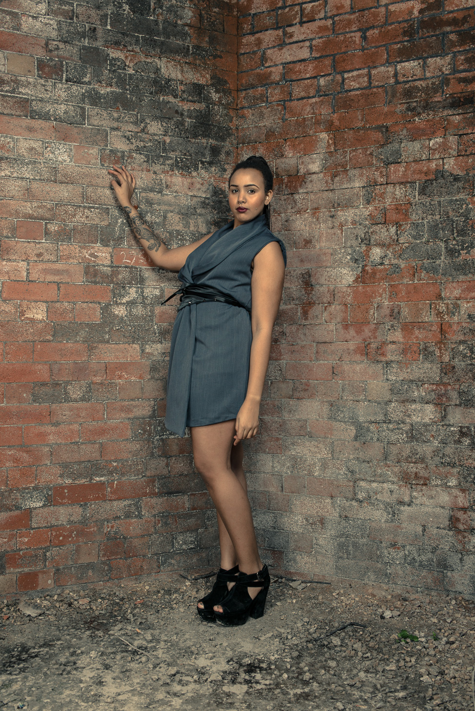 zaramia-ava-zaramiaava-leeds-fashion-designer-ethical-sustainable-tailored-minimalist-dress-jacket-versatile-drape-grey-bodysuit-black-obi-belt-wrap-cowl-styling-womenswear-models-photoshoot-25