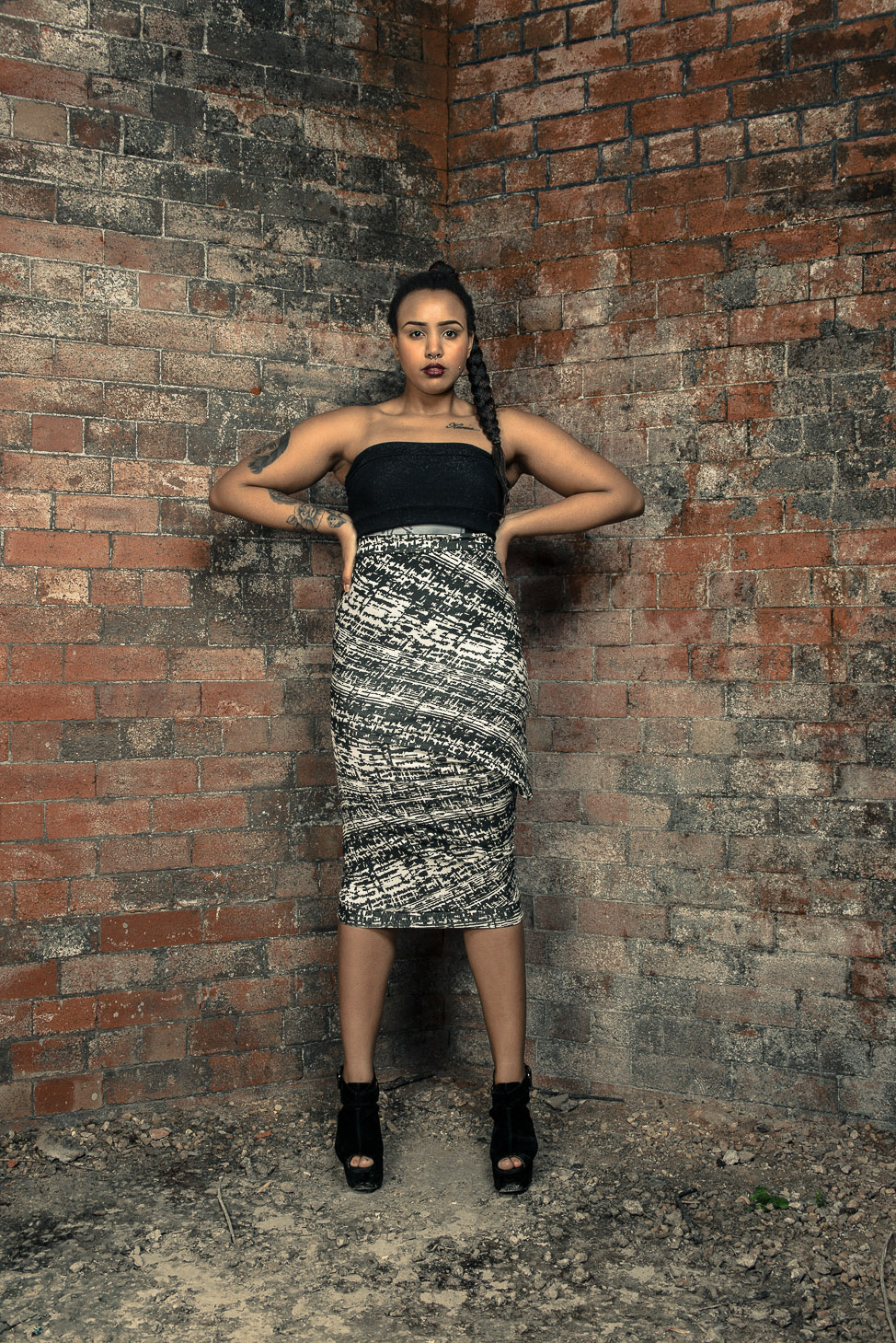 zaramia-ava-zaramiaava-leeds-fashion-designer-ethical-sustainable-tailored-minimalist-skirt-print-bandeau-maxi-versatile-drape-grey-bodysuit-black-obi-belt-wrap-cowl-styling-womenswear-models-35
