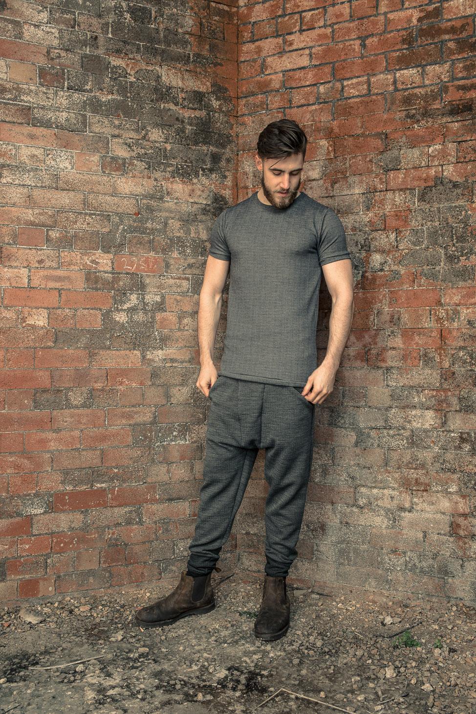 zaramia-ava-zaramiaava-leeds-fashion-designer-ethical-sustainable-tailored-minimalist-fitted-versatile-drape-koji-grey-tshirt-top-hareem-trousers-black-grey-texture-styling-menswear-model-20