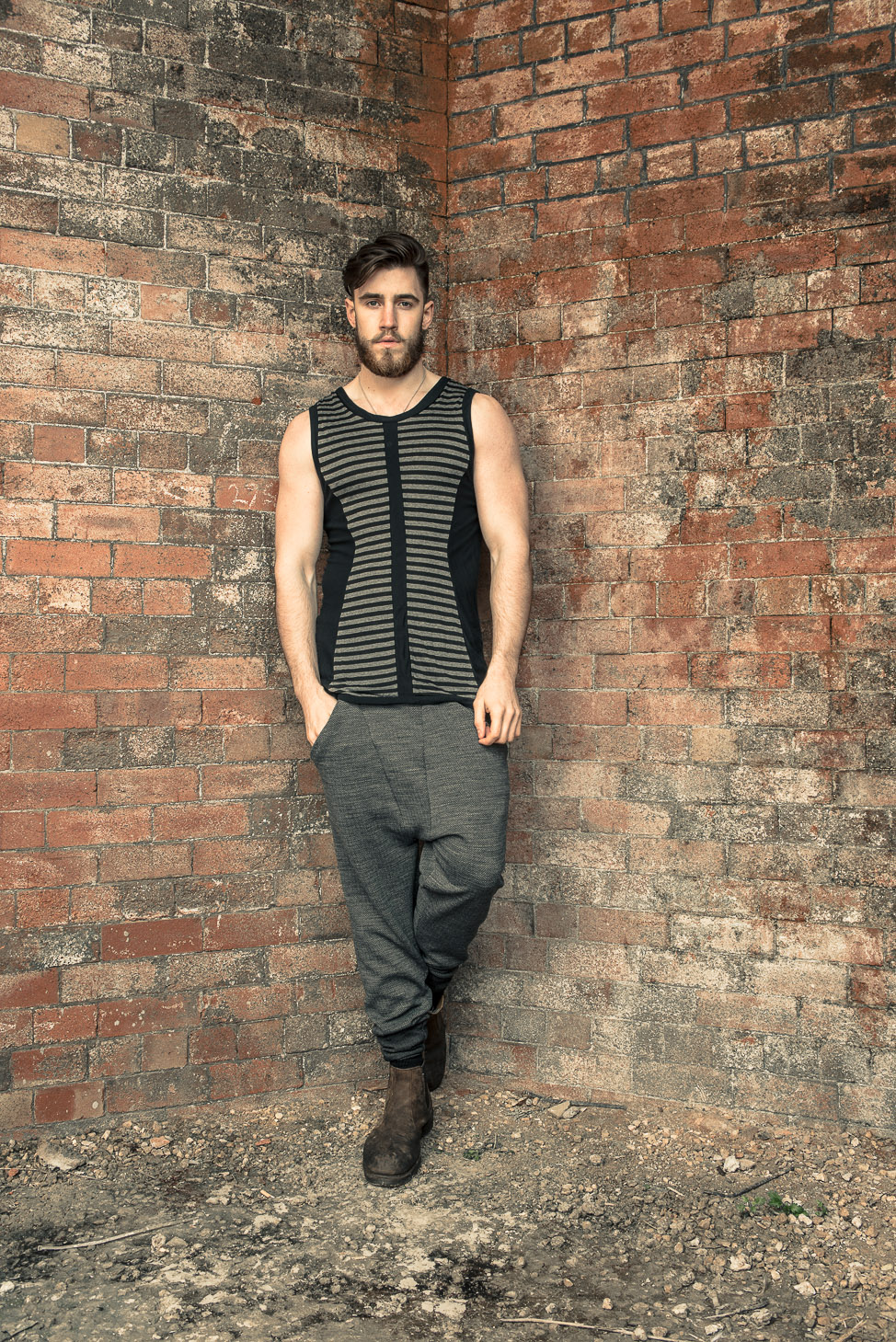 zaramia-ava-zaramiaava-leeds-fashion-designer-ethical-sustainable-tailored-minimalist-stripe-fitted-versatile-drape-grey-tshirt-top-vest-hareem-trousers-black-grey-texture-styling-11