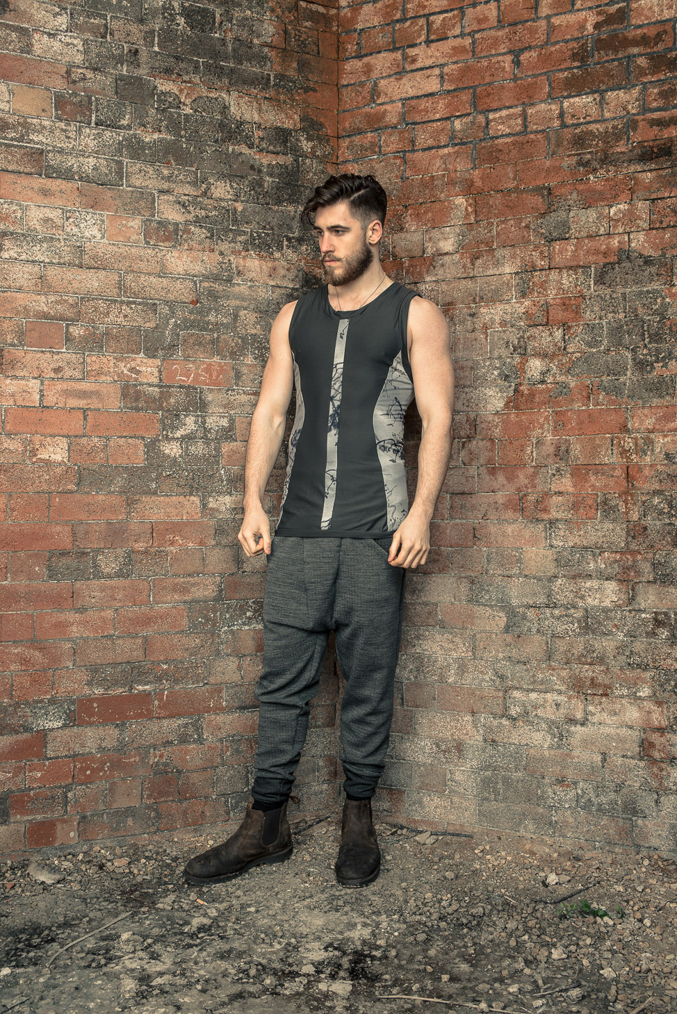 zaramia-ava-zaramiaava-leeds-fashion-designer-ethical-sustainable-tailored-minimalist-stripe-fitted-versatile-drape-grey-tshirt-top-vest-hareem-trousers-black-grey-texture-styling-13
