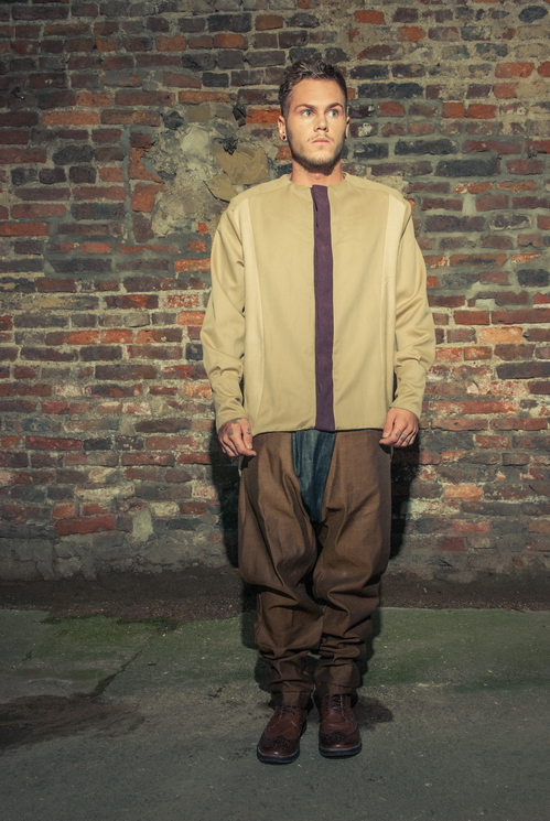 zaramia-ava-zaramiaava-leeds-fashion-designer-ethical-sustainable-tailored-minimalist-versatile-drape-taupe-black-shirt-collarless-top-denim-trousers-brown-styling-menswear-model-photoshoot--6