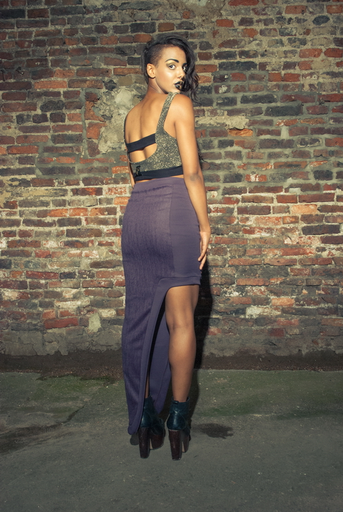 zaramia-ava-zaramiaava-leeds-fashion-designer-ethical-sustainable-tailored-minimalist-versatile-drape-bodysuit-bandeau-skirt-maxi-panels-print-belt-styling-womenswear-model--51