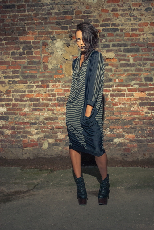 zaramia-ava-zaramiaava-leeds-fashion-designer-ethical-sustainable-tailored-minimalist-versatile-drape-wrap-dress-cowl-bodysuit-aya-midi-panels-print-belt-styling-womenswear-model-photoshoot--83