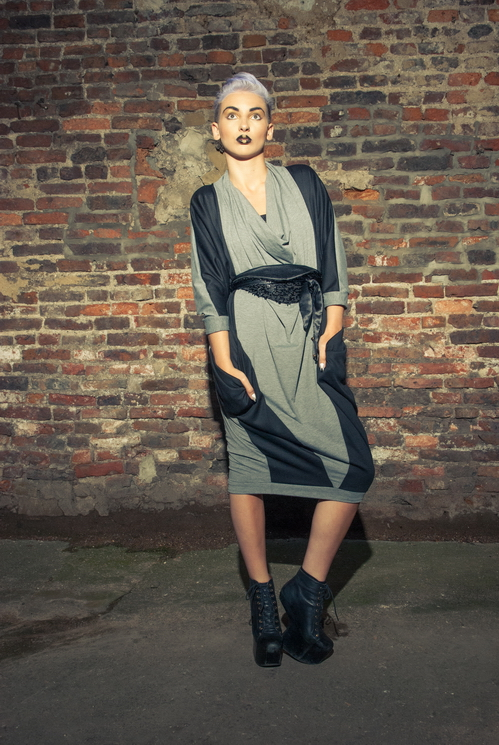 zaramia-ava-zaramiaava-leeds-fashion-designer-ethical-sustainable-tailored-minimalist-versatile-drape-wrap-dress-cowl-bodysuit-aya-midi-panels-print-belt-styling-womenswear-model-photoshoot--85